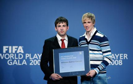 FIFA Interactive World Cup 08: Ramos & Torres auf dem Thron.