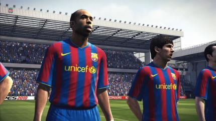 PES 2010: Screenshots von Ballack, Messi und Co.!
