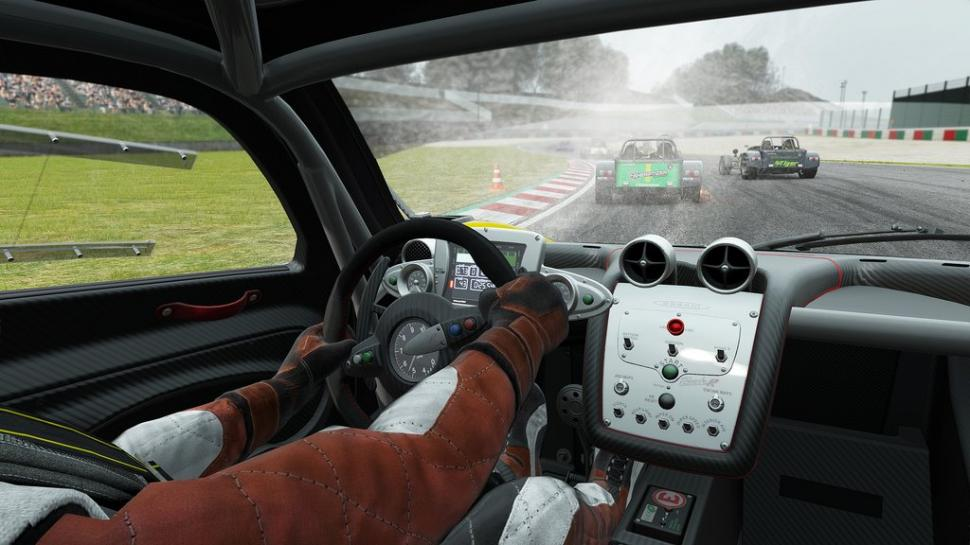 Regen-Screenshots aus Project Cars.