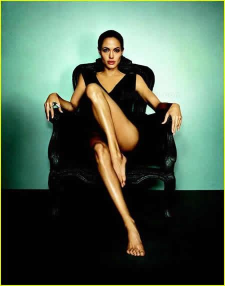 Angelina Jolie nackt Bild