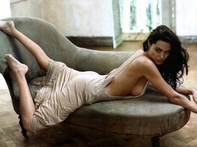 Jolie playboy nackt angelina Angelina Jolie